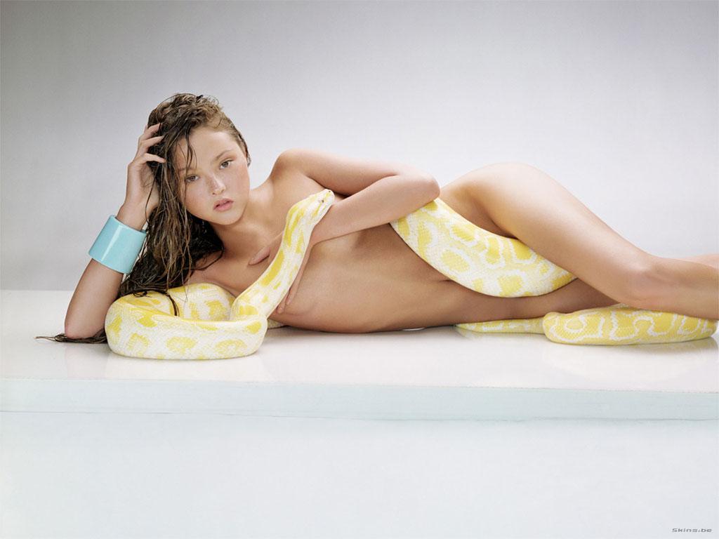 Amy Acker Nackt devon aoki 20 | female celebrity