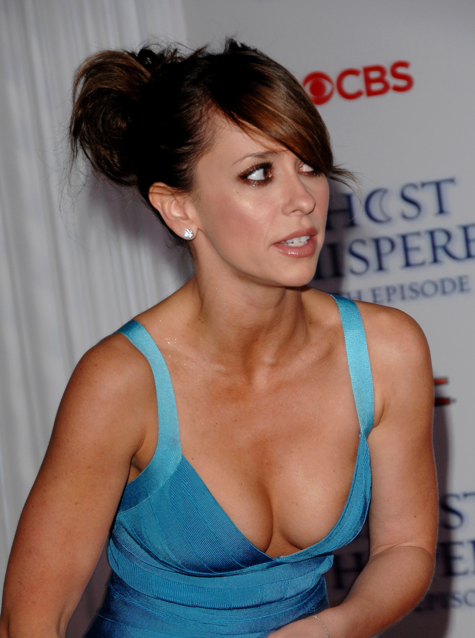 jennifer love hewitt naked boobs