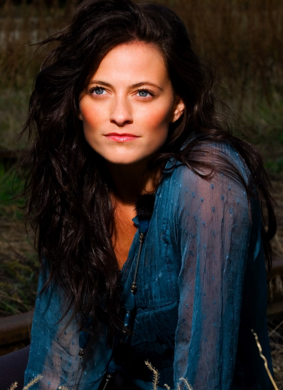 lara pulver doctor who - photo #24