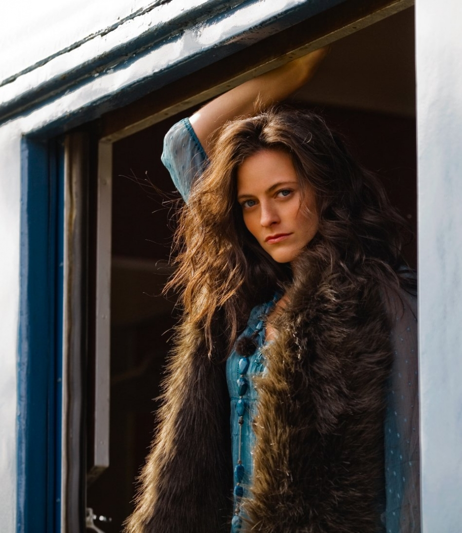 lara pulver doctor who - photo #27