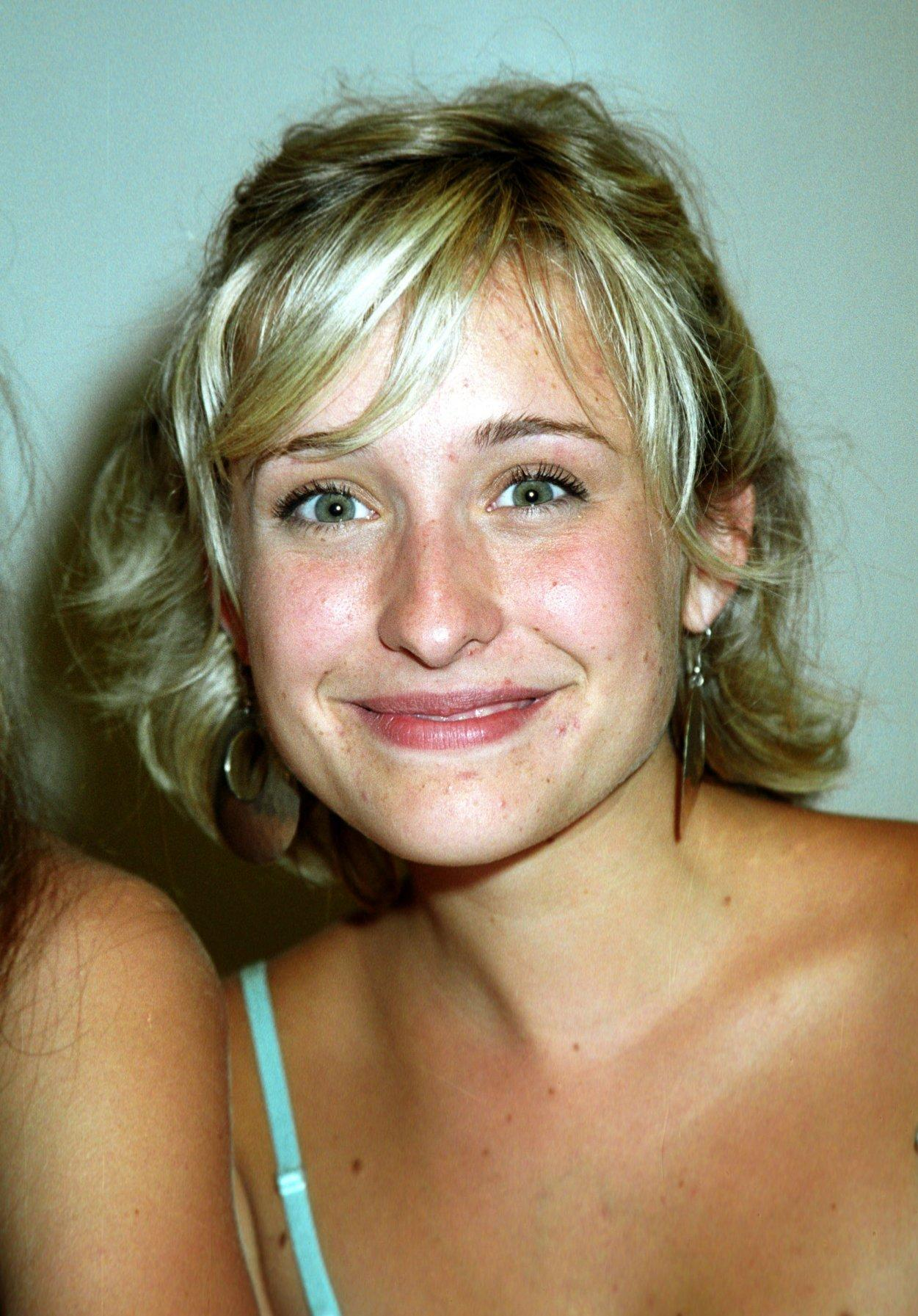 Leaked Allison Mack nude photos 2019