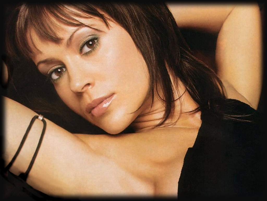 Alyssa Milano Charmed Naked alyssa milano [charmed] | female celebrity