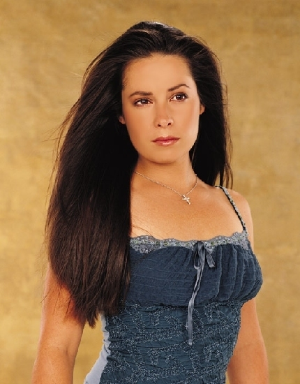 Holly Marie Combs [Upd...