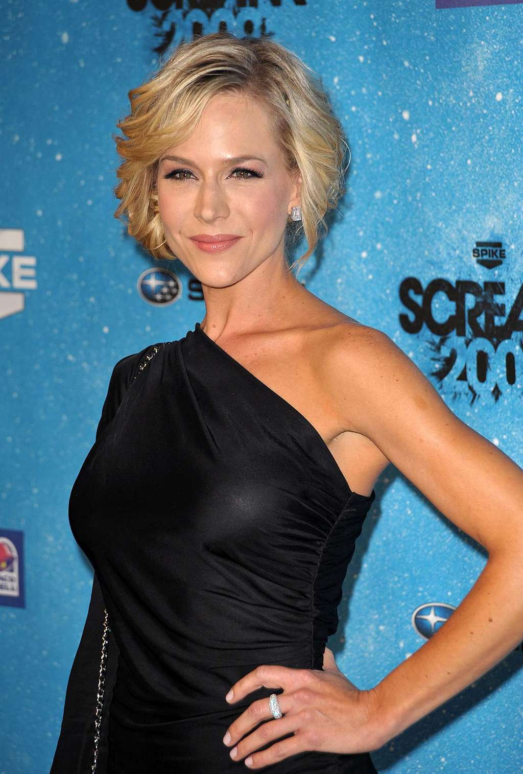 julie benz angel female celebrity